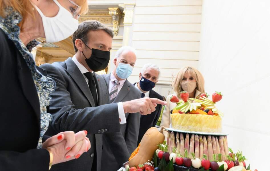 Emmanuel et Brigitte Macron à la rencontre de producteurs