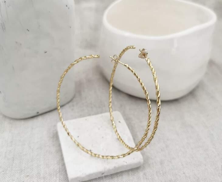 Créoles Blanca dorure, or 24 carats, 3 microns, sur base laiton, Elise Tsikis, 195 €