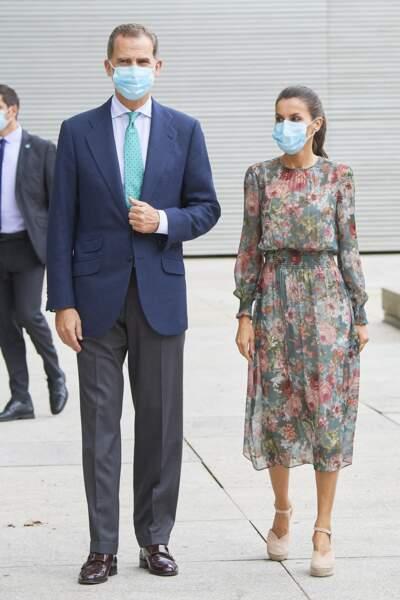 Une robe Zara que Letizia d'Espagne portait déjà à Bilbao le le 17 juillet 2020.