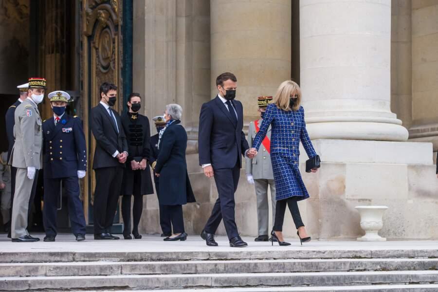 Emmanuel Macron et son épouse Brigitte à Paris ce mercredi 5 mai