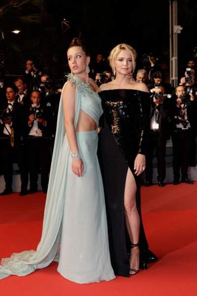 Virginie Efira souligne la finesse de ses jambes avec cette robe longue fendue à Cannes en mai 2019