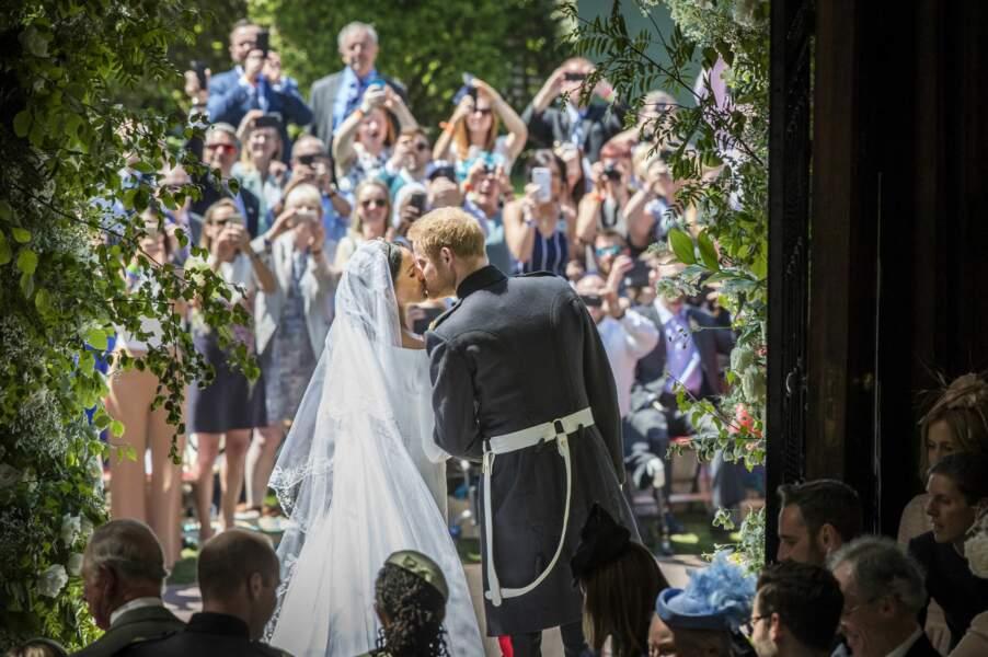 19 mai 2018 : le baiser échangé par les nouveaux époux Sussex