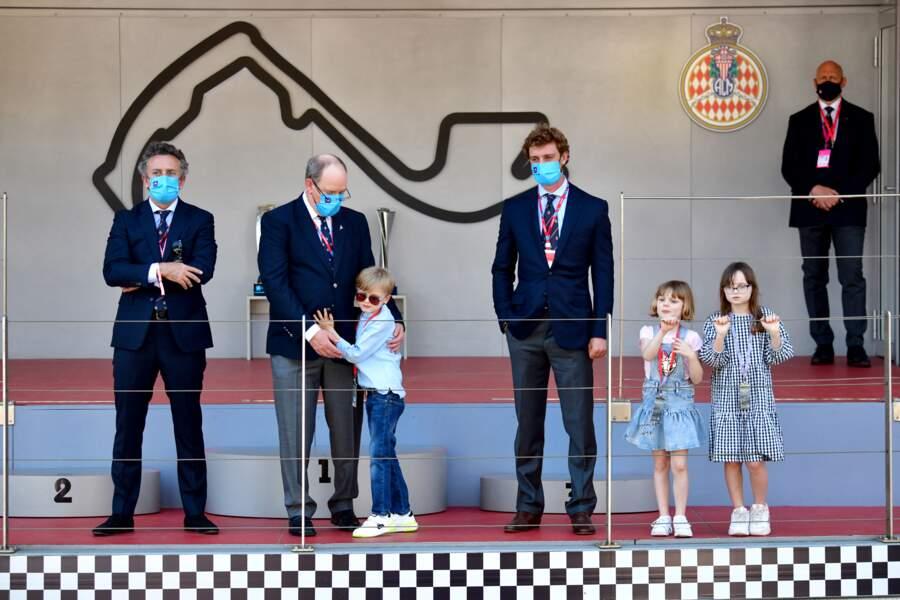 Le prince Jacques, la princesse Gabriella, Pierre Casiraghi avec le prince Albert, Kaia Rose Wittstock et Alejandro Agag, patron de la formule E