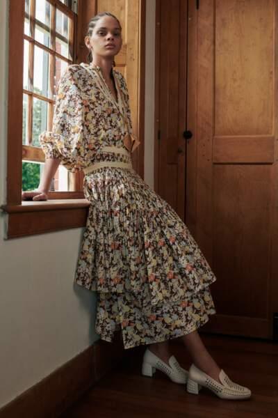 Robe imprimée à manches bouffantes, 440€, Tory Burch