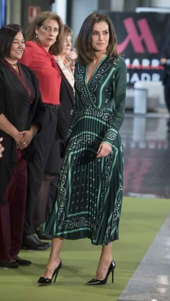 Letizia d'Espagne a porté cette robe Sandro pour la première fois en 2018.
