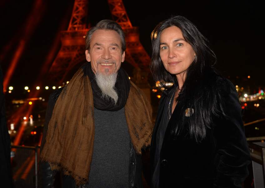 Florent Pagny et Azucena Caamaño au concert anniversaire des 130 ans de la Tour Eiffel à Paris