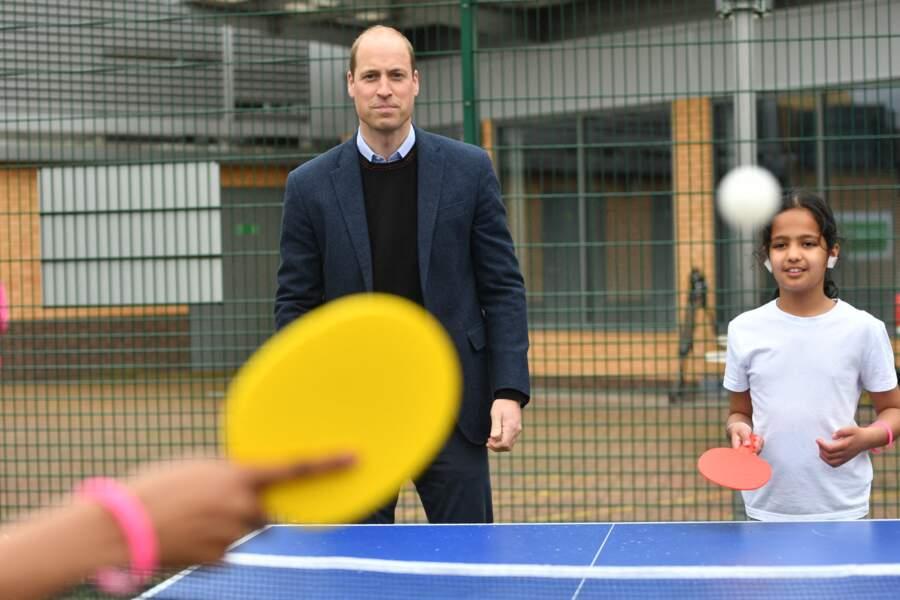 Le prince William a pris le match de tennis de table très au sérieux avant de changer de sport.