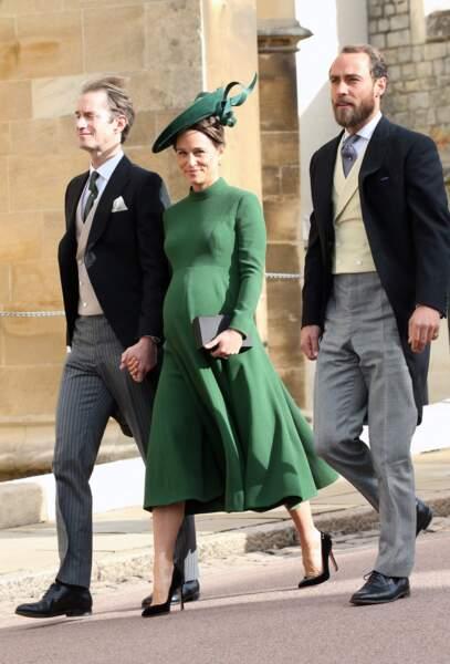La robe verte fluide de Pippa Middleton au mariage d'Eugenie d'York et Jack Brooksbank, le 12 octobre 2018.