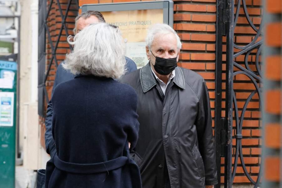 Patrice Laffont  aux funérailles de Jean-Yves Bouvier ce mercredi 19 mai à Paris