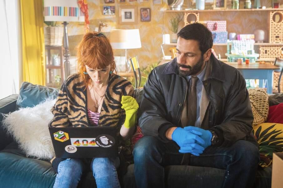 Audrey Fleurot dans HPI : Pull léopard et décolleté zébré pour enquêter avec Karadec joué par Mehdi Nebbou