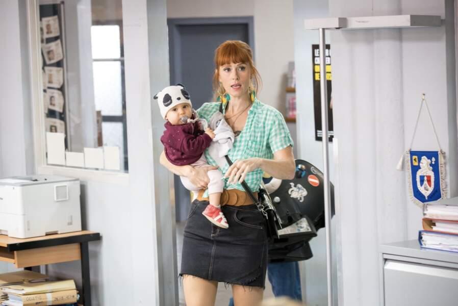 Audrey Fleurot dans HPI :  une mère de famille, souvent en jupe courte
