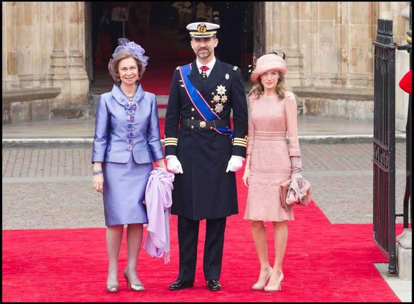 La robe rose pastel de Letizia d'Espagne au mariage de Kate Middleton le 29 avril 2011.