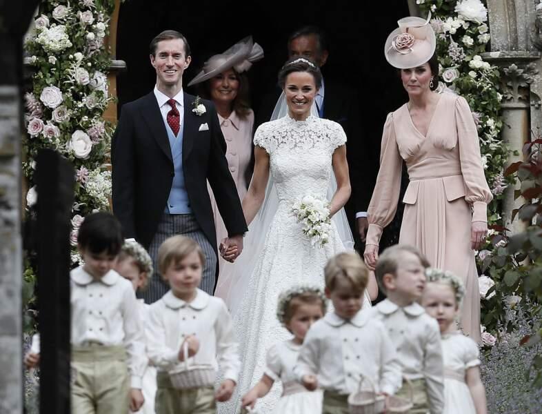 La robe rose poudrée de Kate Middleton au mariage de sa sœur Pippa Middleton, le 20 mai 2017.