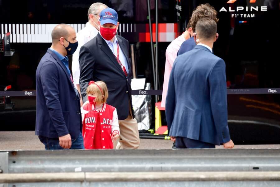 La princesse Gabriella aux côtés de son père, le prince Albert II de Monaco.
