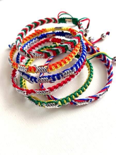 Bracelets tressé barbelés en coton enduit et argent 129€, Djula