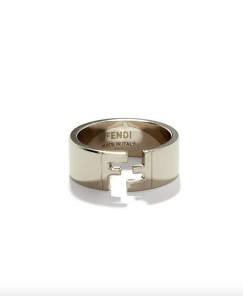 Anneau en métal à logo FF, 220€, Fendi