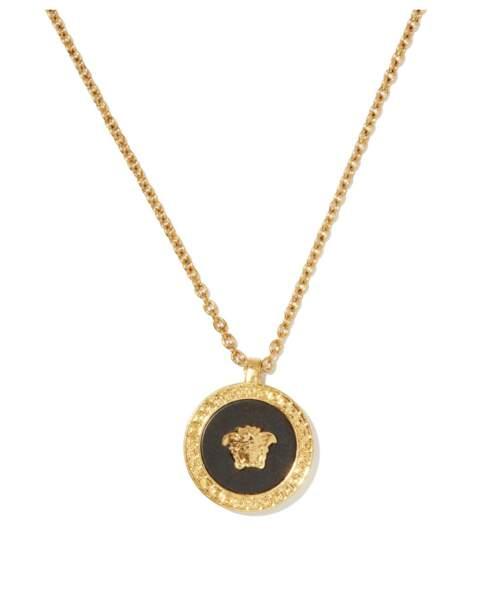 Collier à pendentif Medusa, 250€, Versace sur Matchesfashion