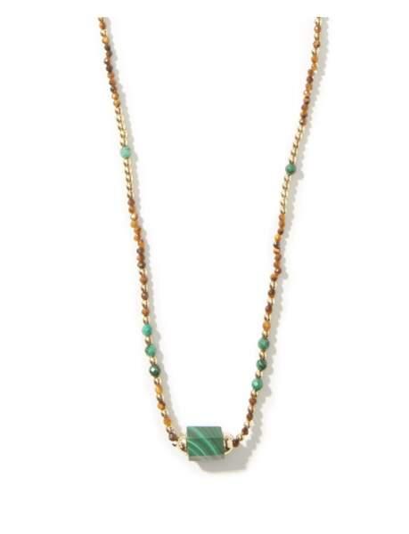 Collier en or, malachite et perles Bolt, 735€, Luis Morais