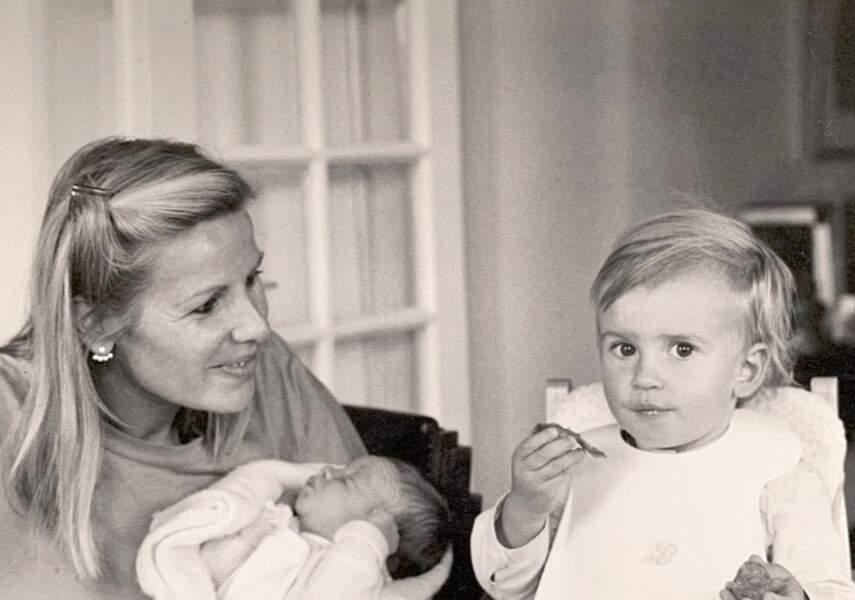 Jean baptiste Marteau a partagé un cliché de lui bébé avec sa maman.