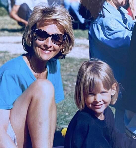 Ophelie Meunier, très fière de son 'incroyable maman' a dévoilé de tendre cliché.
