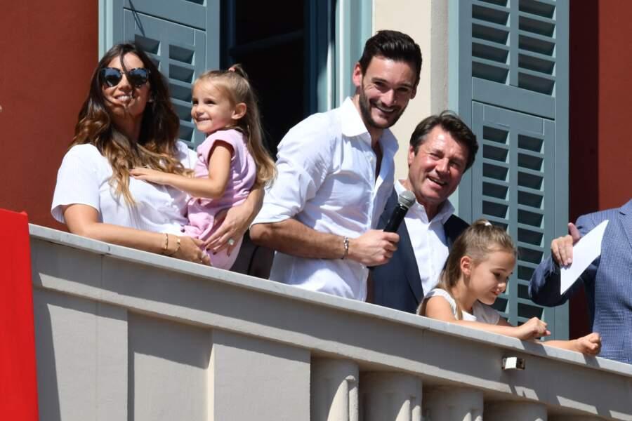 Hugo Lloris avec sa femme Marine et leurs filles Anne-Rose et Giuliana  à Nice en juillet 2018.