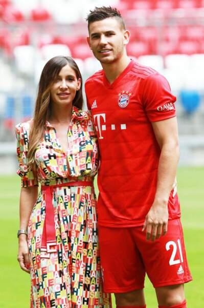 Lucas Hernandez et sa chérie Amelia en juillet 2019 à Munich.
