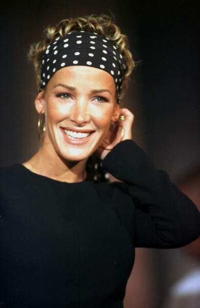 Ophélie Winter en 1997 mise sur le bandana, très à la mode