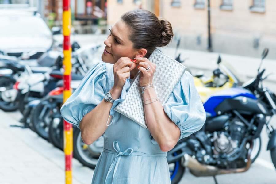 Victoria de Suède porte des boucles d'oreilles à l'effigie de Fifi Brindacier