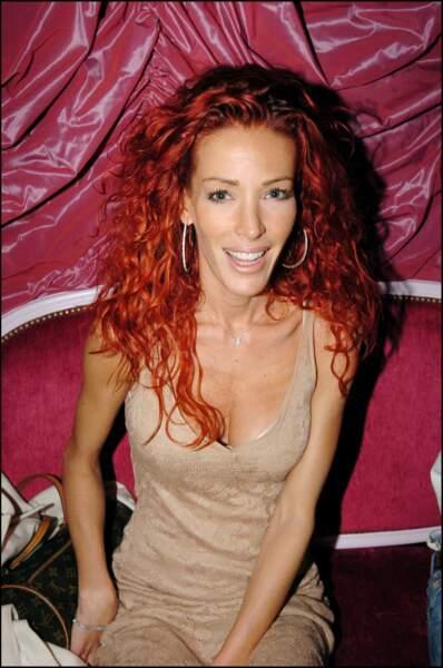 Ophélie Winter rousse en 2008 pour les 10 ans de Carlota