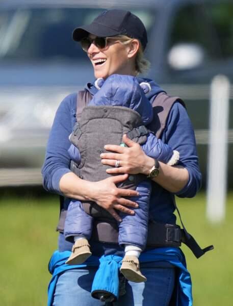 Ce samedi 29 mai, Zara Tindall a profité d'une journée ensoleillée pour prévoir une sortie avec son fils Lucas.