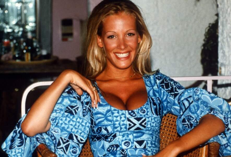 Ophélie Winter en 1994 avec un joli blond doré