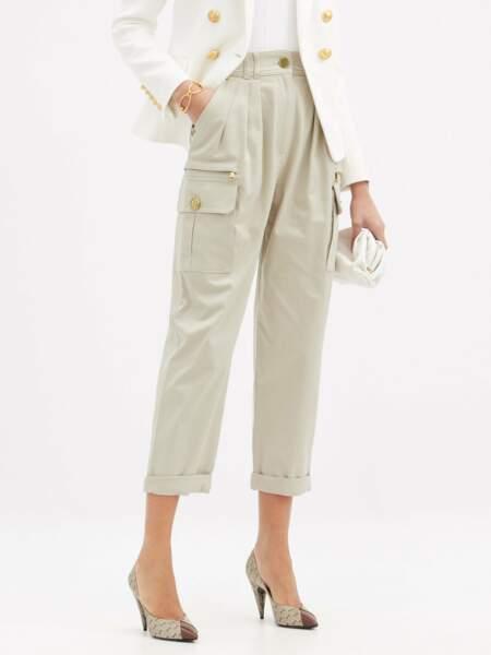 Pantalon cargo plissé taille haute en coton, 990€, Balmain sur Matchesfashion.jpg