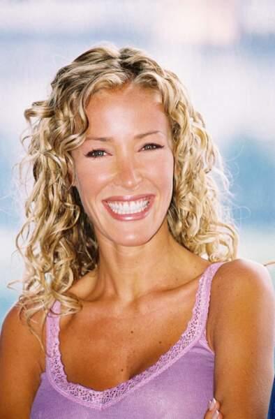 Ophélie Winter en 2001  : boucles serrées et blonds dorés