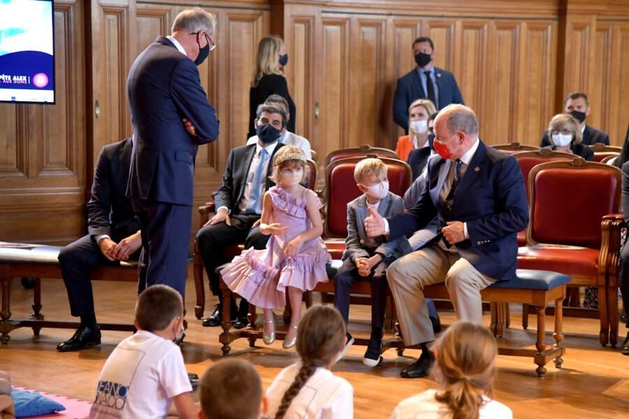 Les jumeaux Jacques et Gabriella ont passé un moment agréable avec leur père le prince Albert au musée océanographique, le 1er juin 2021