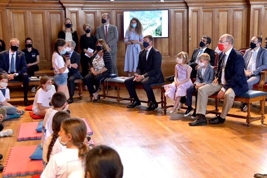 Albert II passe une après-midi amusante avec ses enfants Jacques et Gabriella au musée océanographique, le 1er juin 2021