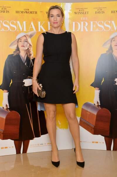 Kate Winslet en 2015 : chignon, talons et petite robe courte