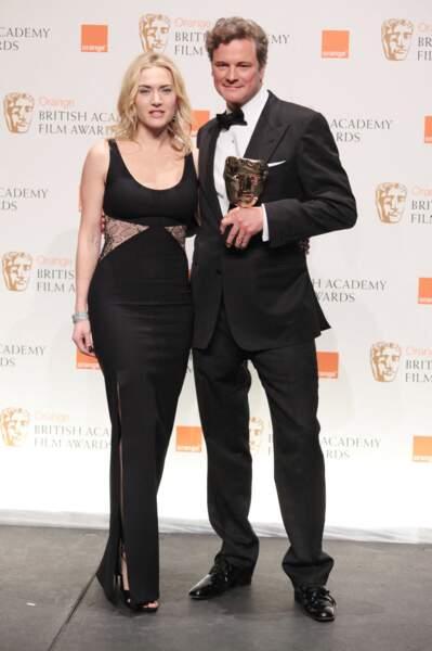 Kate Winslet en 2010 : cheveux blond polaire et robe longue