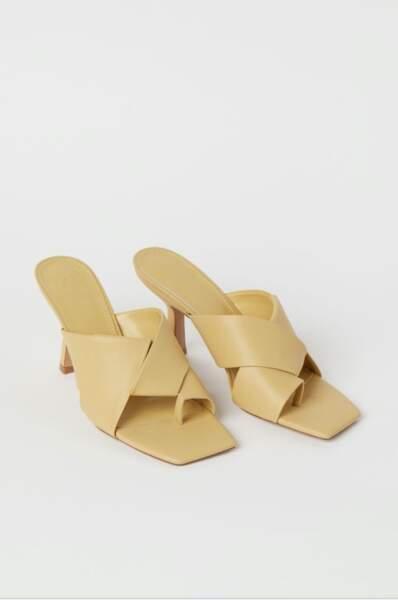 Sandales à larges brides croisées, 29,99€, H&M