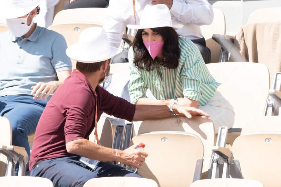 Nolwenn Leroy a beaucoup échangé avec son compagnon lors des tournois à Roland Garros ce week-end.