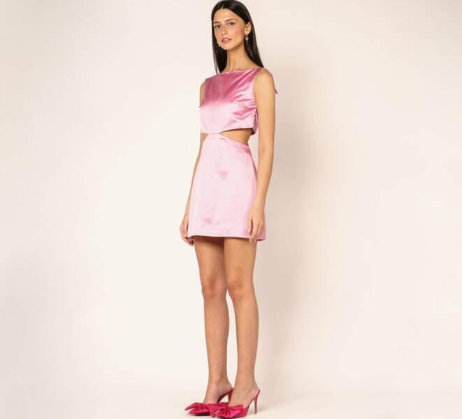 Mini robe ajourée en soie Maggy rose, Mirae, 215 €.