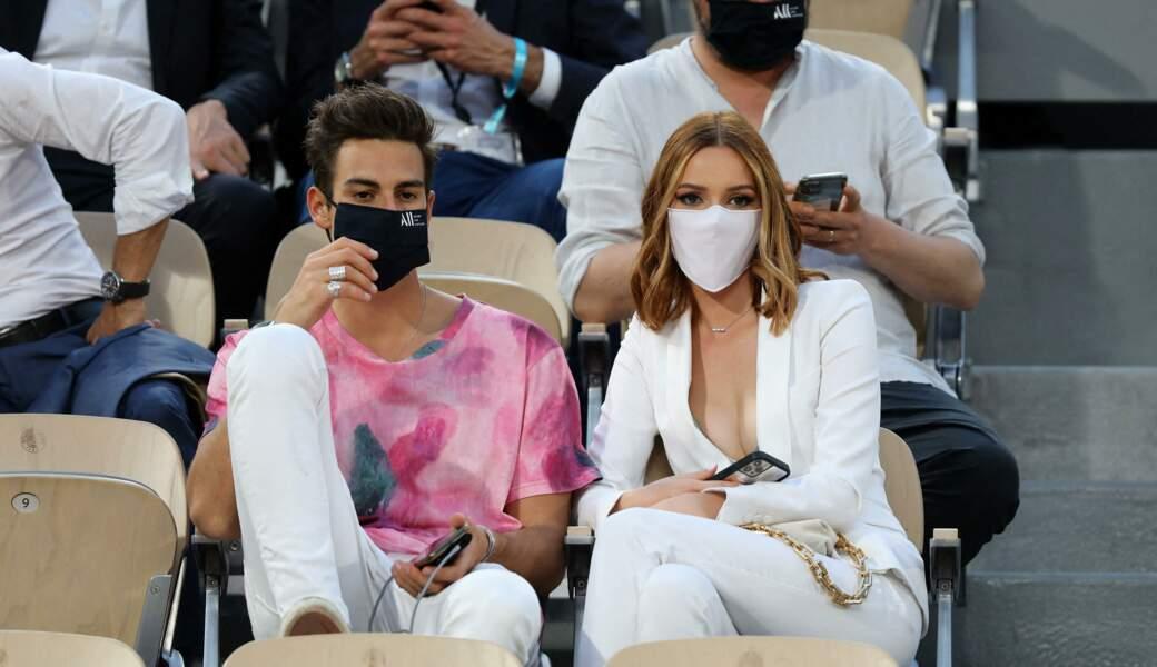 Maëva Coucke et un charmant inconnu dans les tribunes des Internationaux de France de Tennis de Roland Garros à Paris. Le 9 juin 2021