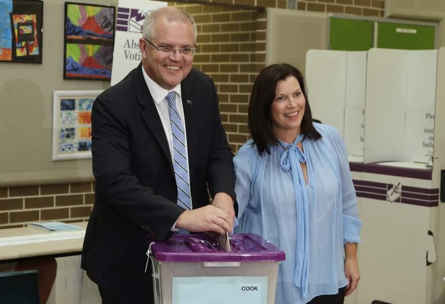Jennifer, la femme du premier ministre australien Scott Morrison, sera à ses côtés, comme depuis leur 16 ans...