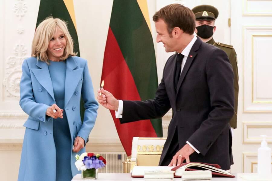 Cette année, Brigitte et Emmanuel Macron ne seront pas les hôtes du sommet du G7, dont la dernière édition en présentiel s'était tenu à Biarritz