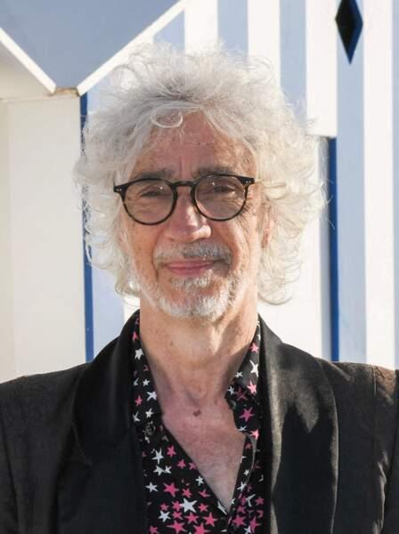 Louis Bertignac lors du photocall du jury du 35ème festival de Cabourg.