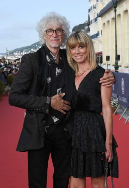 Louis Bertignac et Laetitia Brichet, un couple amoureux à Cabourg pour le festival du film.