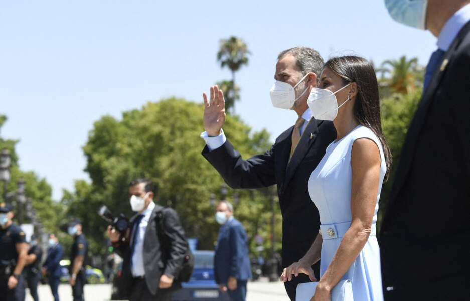 Le roi Felipe VI et la reine Letizia à la rencontre des aficionados de la Couronne, le 14 juin à Séville