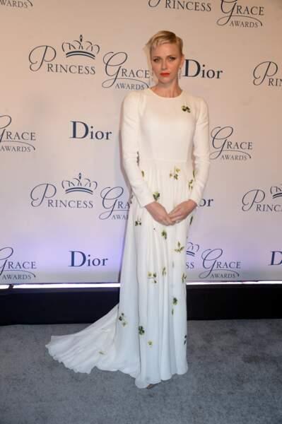 "24 octobre 2016 : Charlene en robe blanche pour les ""Princess Grace Awards"""
