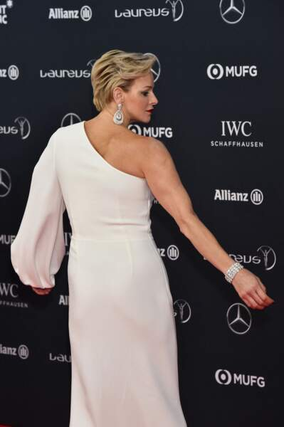 27 février 2018 : Charlene en robe asymetrique aux Laureus Awards
