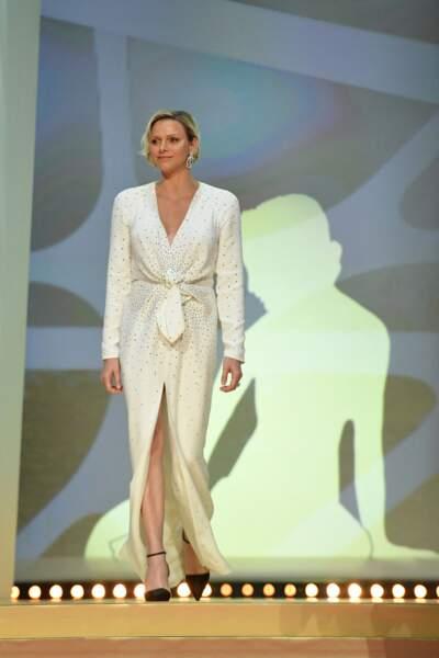 18 juin 2019 : Charlene de Monaco, glamour en robe fendue sur la scène du Festival de Télévision de Monte Carlo