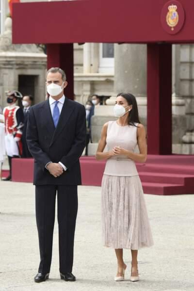Le roi Felipe VI d'Espagne et la reine Letizia, toujours très élégants.